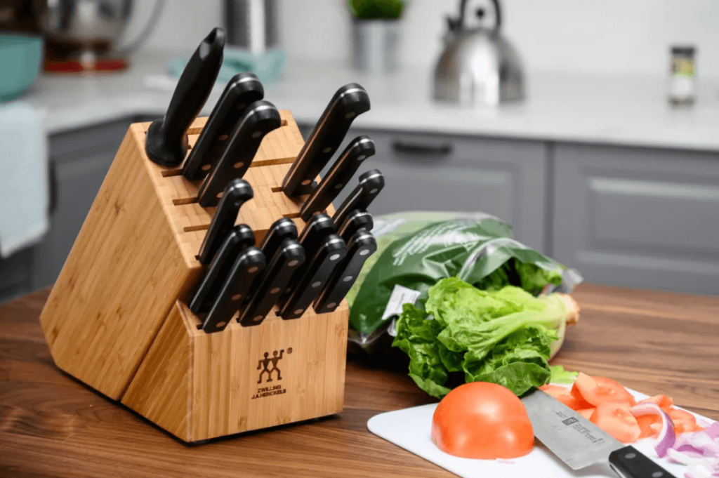 How To Store Your Kitchen Knife Sets?
